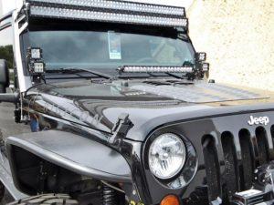 jeep_jk_20in_hood_mount_kit+20in_sr-series-1-510×383