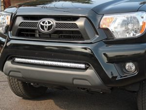 toyota_tacoma_bumper_mount_kit-30in_sr-series-4-510×383