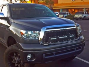 toyota_tundra_led_grille-10in_sr-series-6in_sr-series-2-510×383